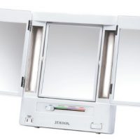 upvoted.top:Jerdon Tri-Fold Two-Sided Lighted Makeup Mirror with 5x Magnification