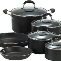 upvoted.top:T-fal E938SA Professional Total Nonstick Thermo-Spot Heat Indicator Cookware Set